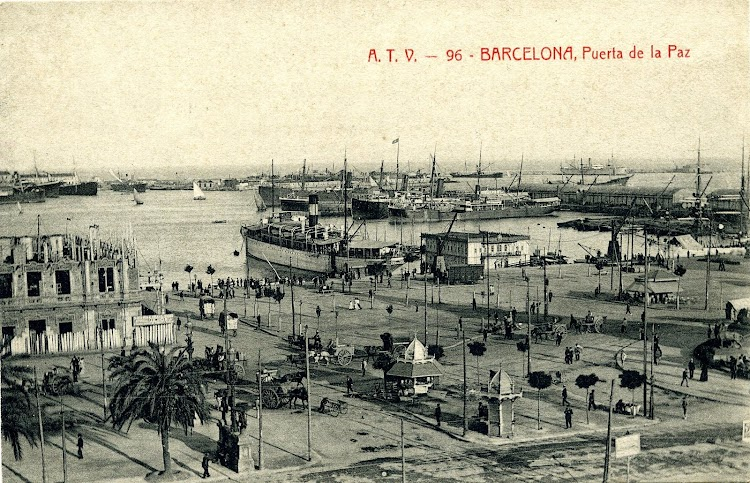 El MIRAMAR y el embarcadero de Barcelona en construcción. Postal.JPG