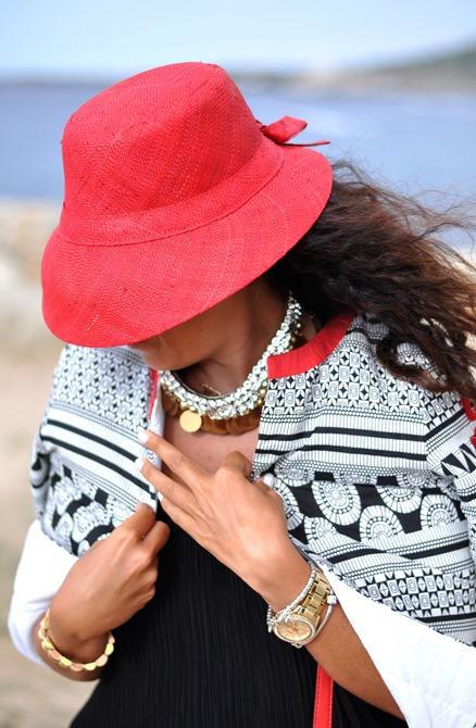 outfit, looks summer 2013, corsica, cappello rosso, summer 2013, italian fashion bloggers, fashion bloggers, street style, zagufashion, valentina coco, i migliori fashion blogger italian