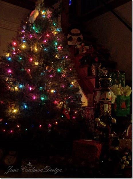 ChristmasTreeScene