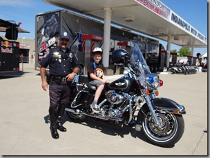 Osian meets an American Police Motorcyclist at Indianapolis
