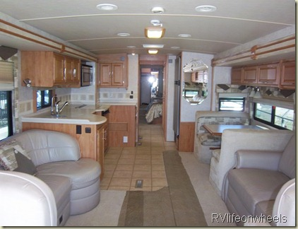 Below Is A Nice Winnebago That Had 3 Slides With Diesel Motor And All Decked Out Was Listed At 11900000 Low Miles Seems The