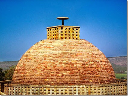 800px-Stupa_of_Buddha's_Disciple,_Sanchi