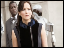 catching-fire-katniss-nov-2013-1