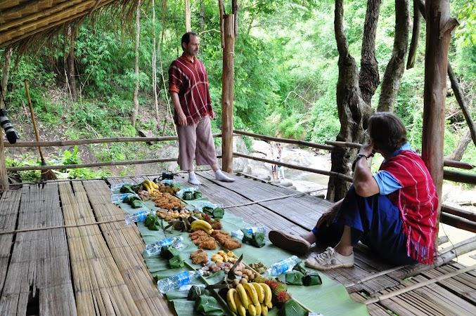 Imagini Thailanda: masa de pranz, Patara, Thailanda