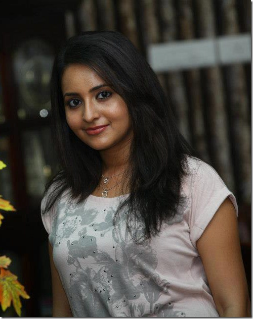 bhama_latest_stylish_pics