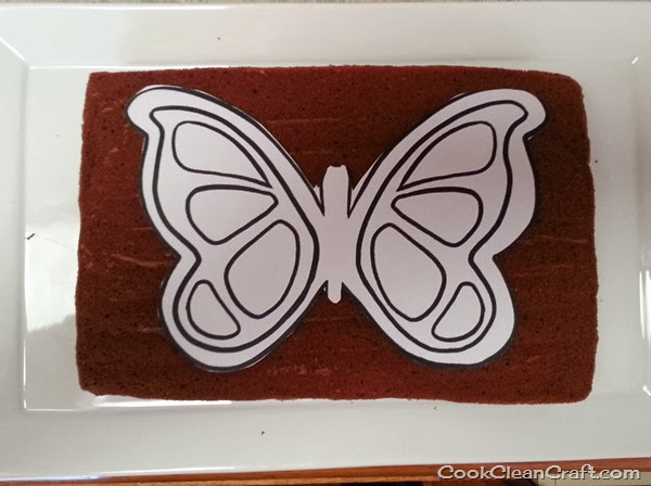 Butterfly cake cook clean craft for Butterfly birthday cake template printable