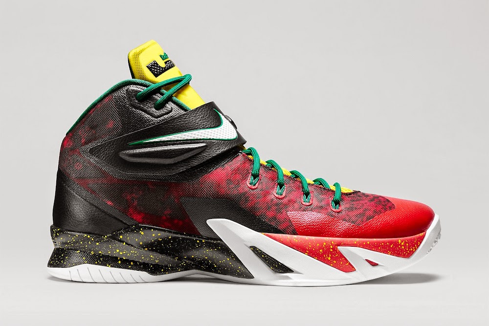 5d8c0b269f62 ... 8220Christmas8221 Detailed Look at Nike Zoom Soldier VIII Premium aka  8220Christmas8221 ...