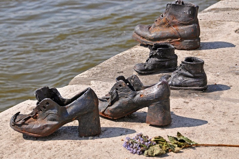 shoes-on-danube-6