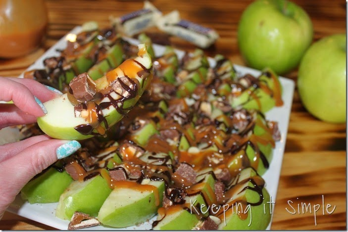 #ad Apple-SNICKERS®-Delight #WhenImHungry (9)