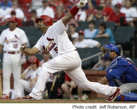 Pujols_game-ending_homer_June4_2011
