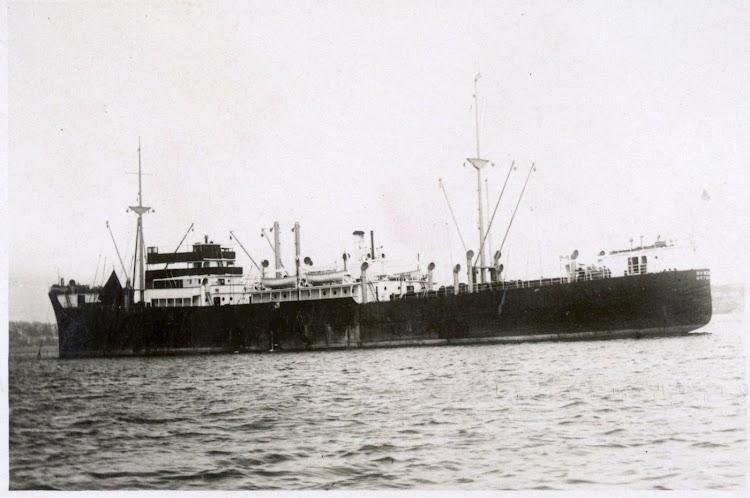 El HEMLAND. Foto de la STATE LIBRARY OF NEW SOUTH WALES.jpg