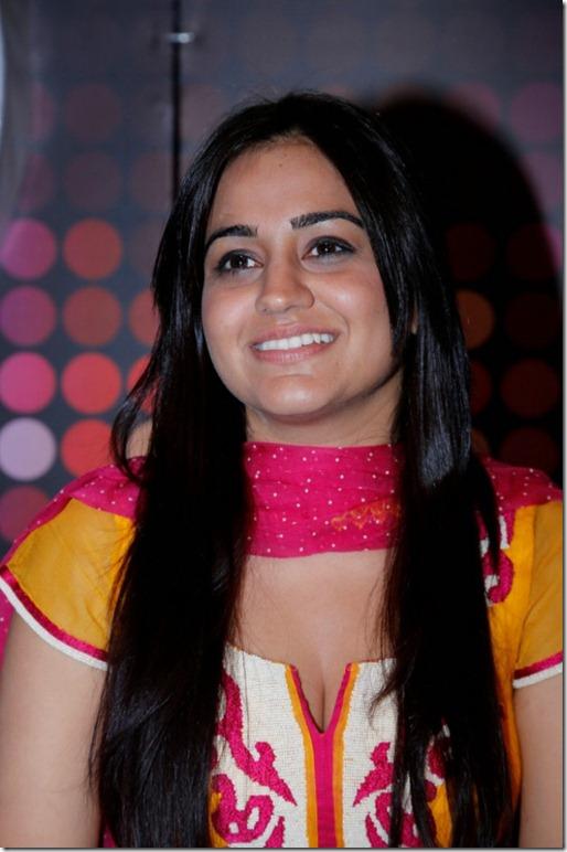 Actress Aksha Latest Hot Photos in Tight Dress