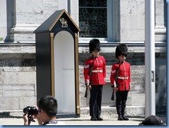 6523 Ottawa 1 Sussex Dr - Rideau Hall - Ceremonial Guard performing the Relief of the Sentries