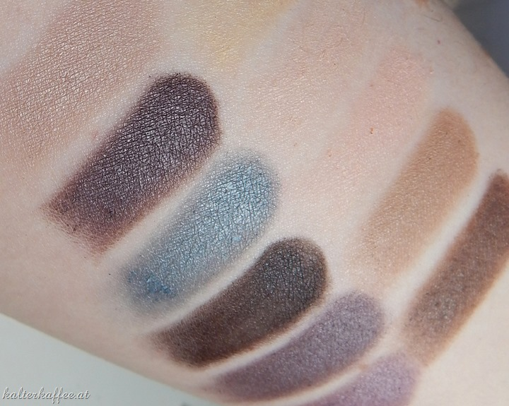 Make Up Revolution: Essential Mattes palette