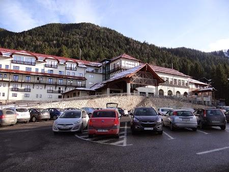 01. Hotel Sport Poiana Brasov.JPG