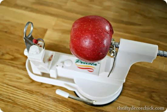Peelota apple peeler slicer corer