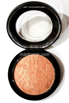 c_CheekyBronzeMineralizeSkinfinishMAC9