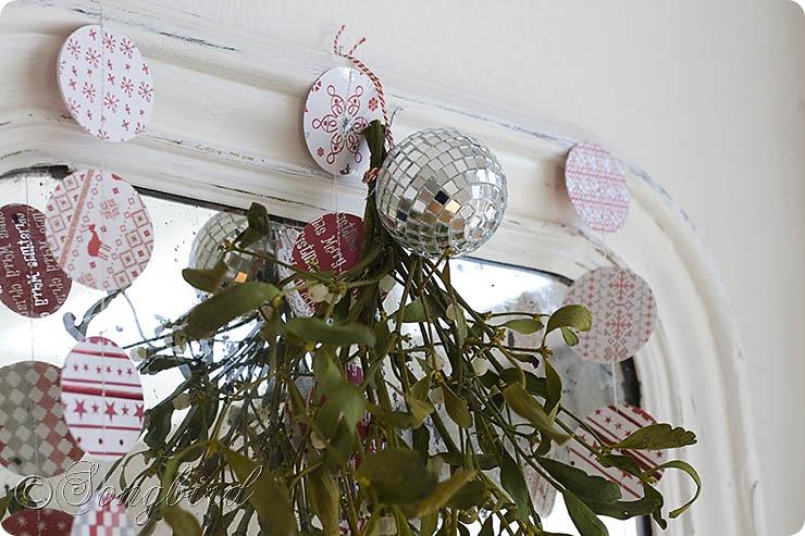 Songbird Christmas Mantel Decor 5