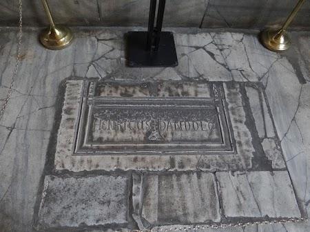 Mormant dogele Venetiei