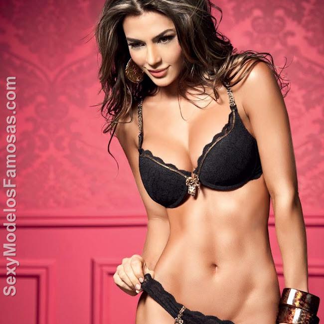 Natalia Velez Sexy Lenceria Besame Foto 13