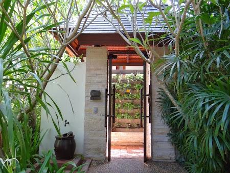 Hotel Sea Sand Sun Pattaya: Intrarea in vila