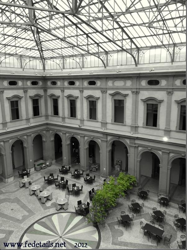 Palazzo Ex Borsa ( colore verde ), Ferrara, Emiliaromagna, Italia - Building Ex Borsa ( green colors ), Ferrara, Emiliaromagna, Italy - Property and Copyright of www.fedetails.net