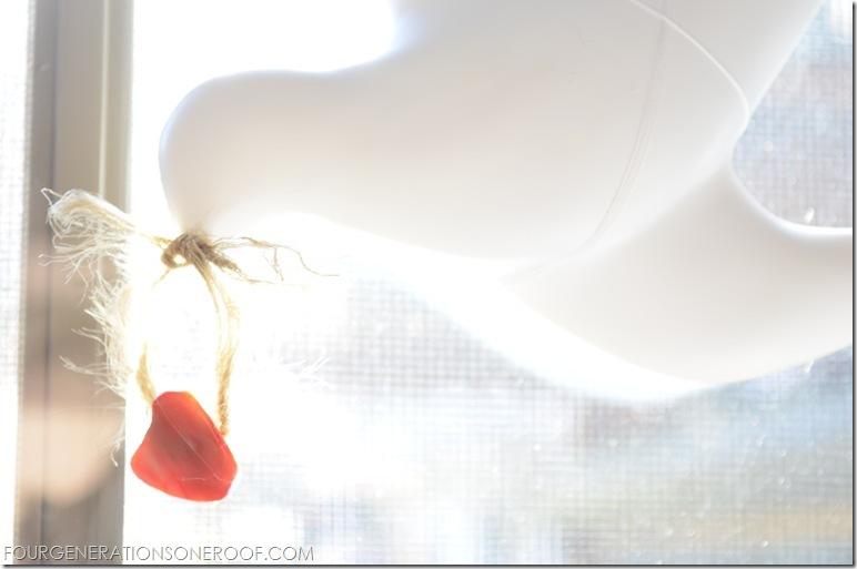 Valentine Mantel 6
