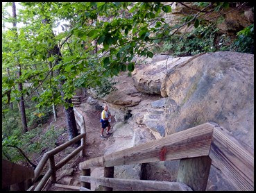 18e - Balance Rock Heading Down