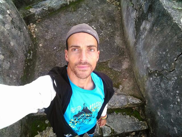 Nuno Gonçalves a caminho da fonte Castelo Porto de Mós