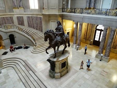 Muzeu Berlin: Intrare in Muzeul Boden
