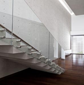 escaleras de diseño moderno vidrio y fierro