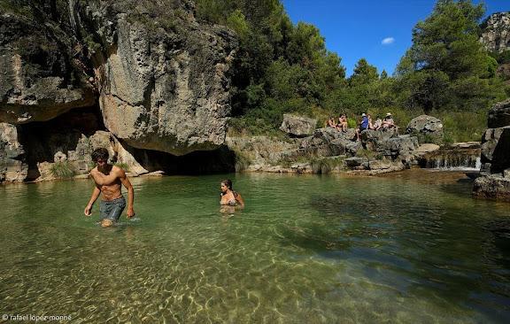 El toll de la Palla, riu Siurana.Serra de la Gritella, Muntanyes de Prades.Cornudella de Montsant, Priorat, Tarragona