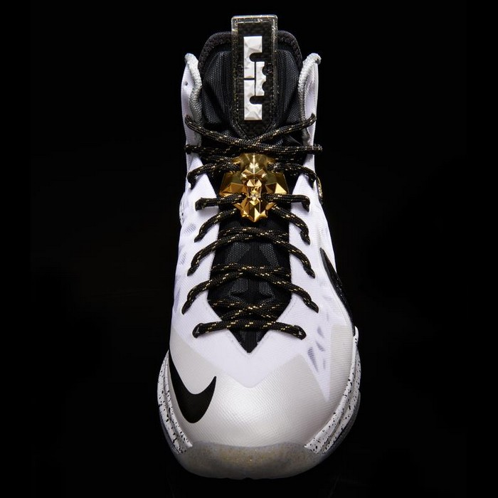 cheap for discount aad7e 8bfa7 ... Another Look at Nike LeBron X PS Elite in White Gold and Black ...