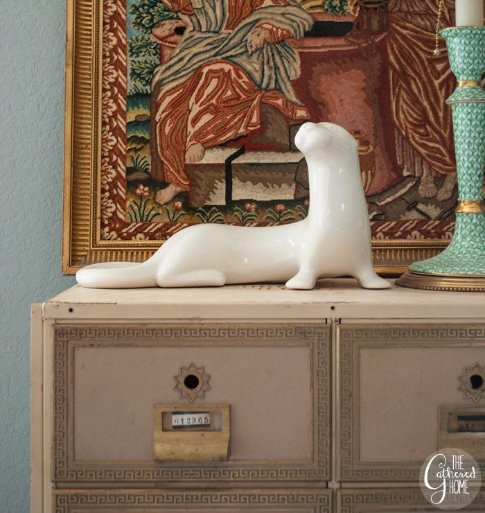 thriftscorethursday white ceramic otter3