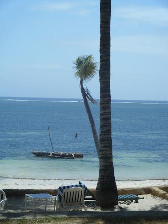 Litoral Kenya: Plaja Mombasa