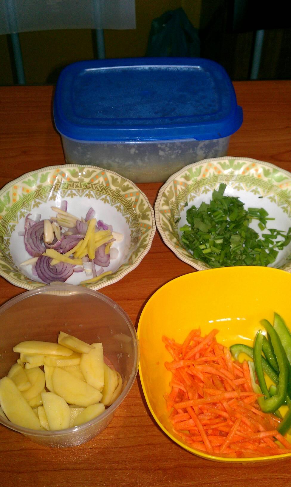 13 Resep Bekal Makan Siang di Kantor, Enak & Mudah Dibikin!