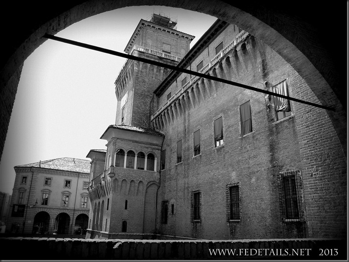 Castello Estense, photo1, Ferrara, EmiliaRomagna,Italy - Property and Copyrights of FEdetails.net
