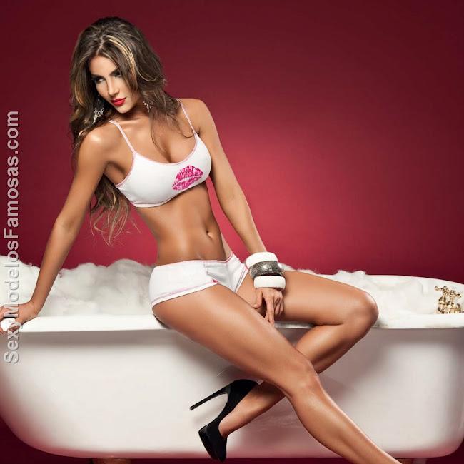 Natalia Velez Sexy Lenceria Besame Foto 86