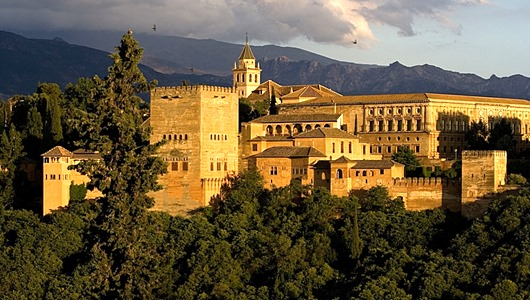 exterior_of_alhambra