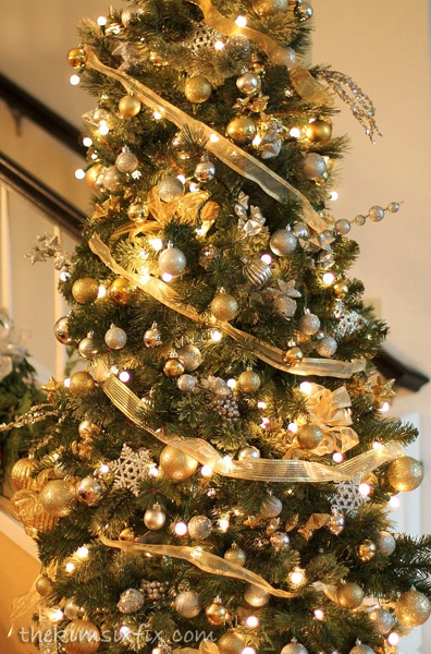 gold and silver christmas tree