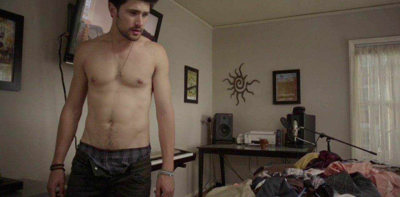 Shirtless South Asian Men: Matt Dallas