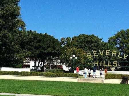 Imagini Los Angeles: Beverly Hills - unde te duci sa-ti faci poze cu literele