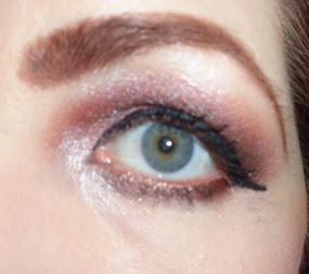 look with Khloe Kardazzle Face Palette_eye open