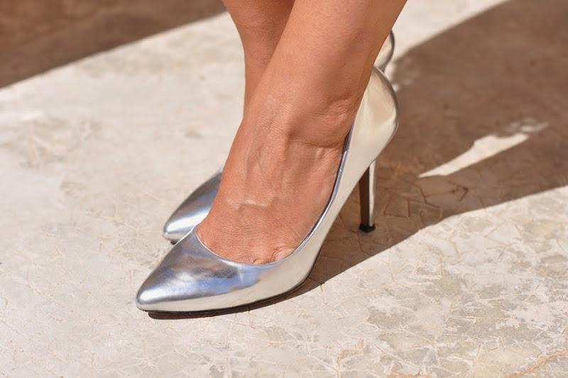 outfit-fashion-blogger-scarpe-argentate-sarenza