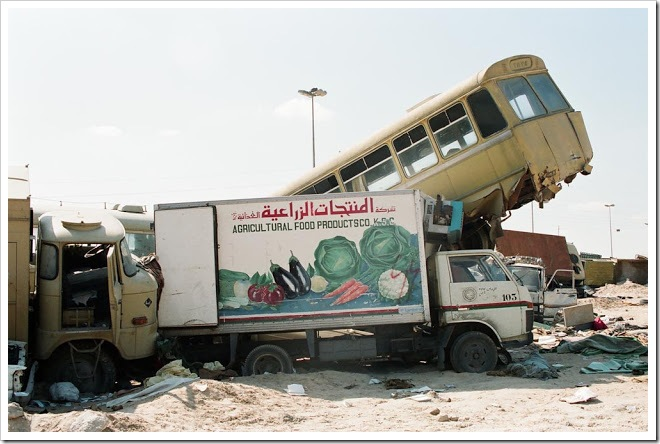 Kuwait-invasion-Highway-of-Death-4116