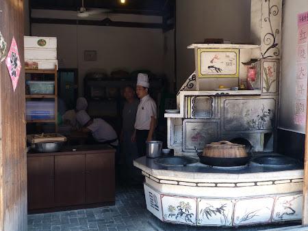 Imagini Wuzhen: bucatari chinezi