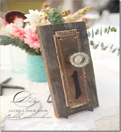 door-knob-table-numbersweddingchicks
