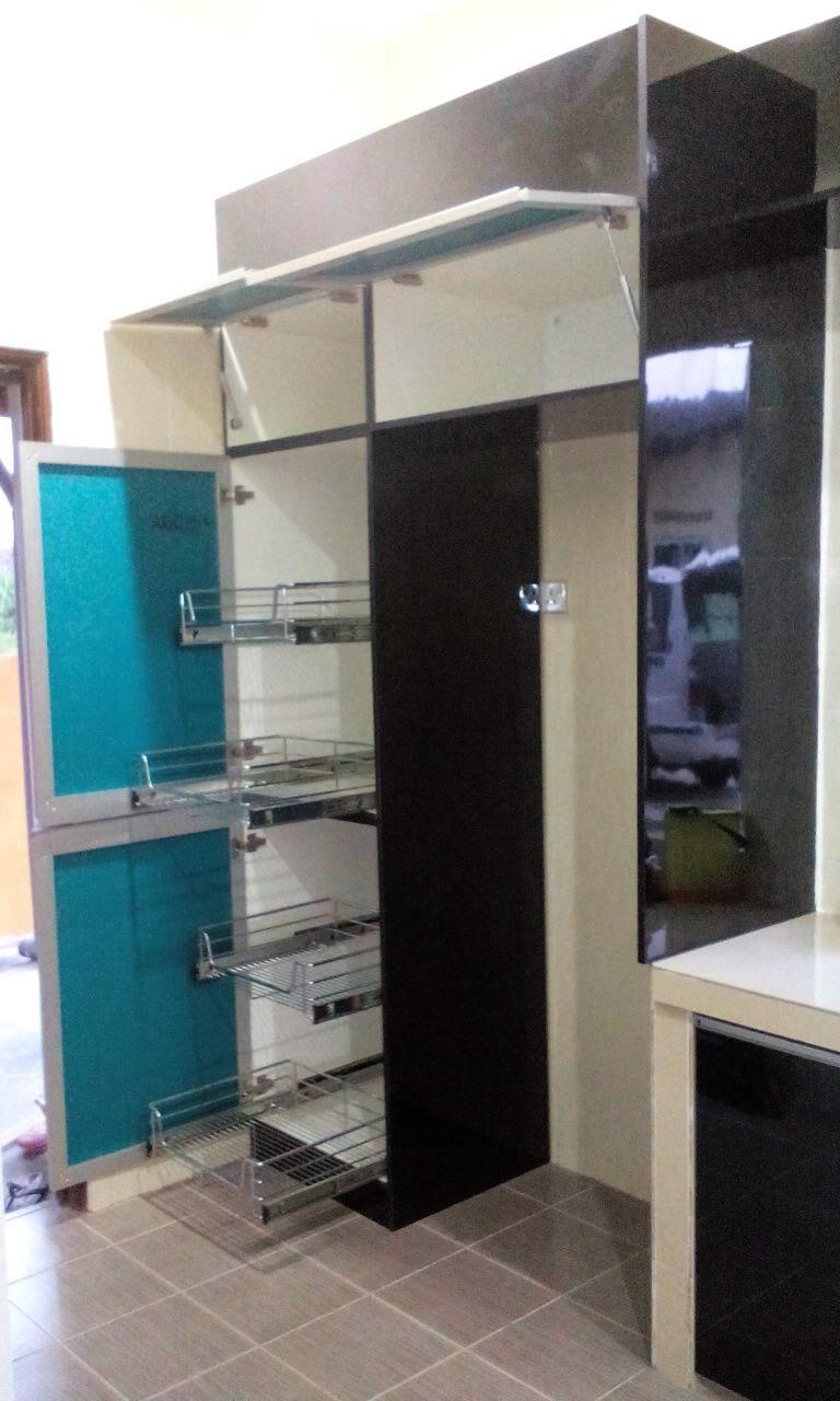 Terdapat Juga Beberapa Aksesori Kabinet Dapur Buleh Di Katakn Fully Gak La