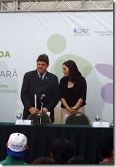 Secretário Antonio José e audiodescritora Bruna Leão na Conferência Estadual