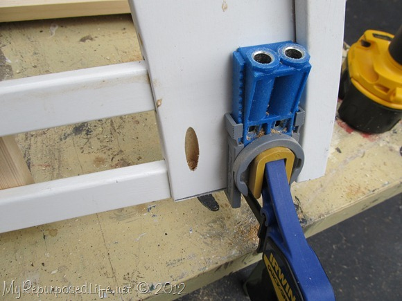 using a kreg jig to make a bench